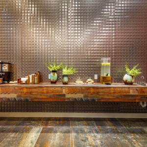 Lobby amenities