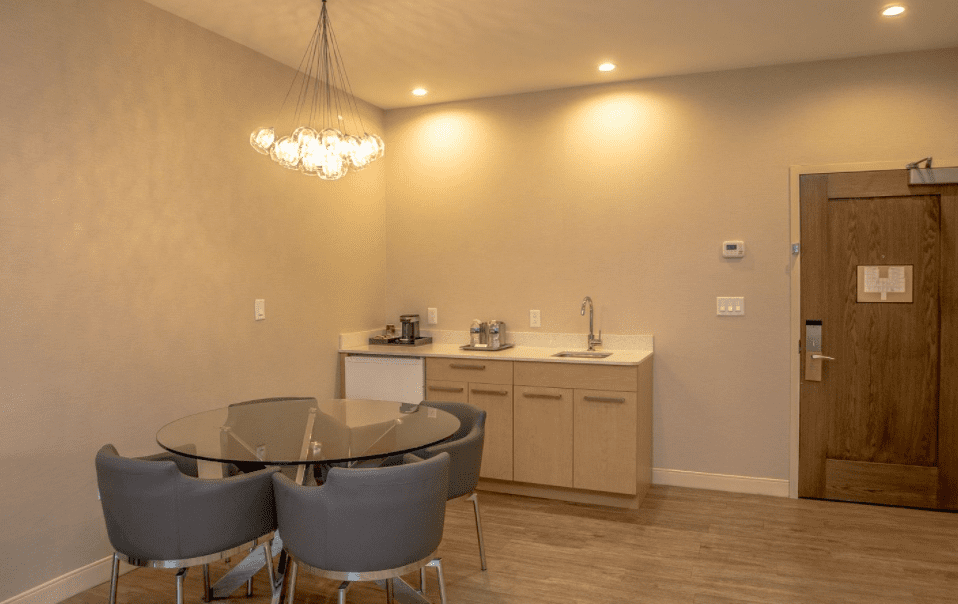 Chandler Luxury Studio Suite wet bar and seating area
